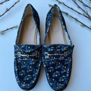 Cabi SZ 9 NWOB Velvet Floral Carnaby Loafers Flats